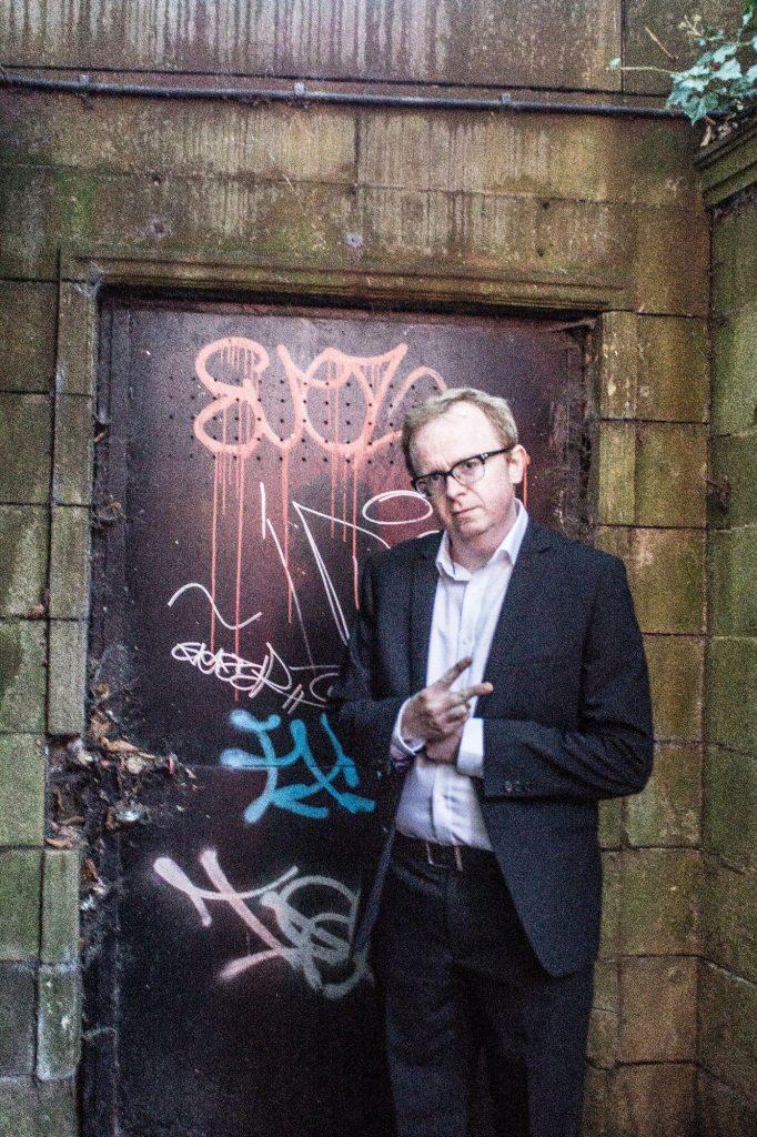 Magician-Liverpool-graffiti
