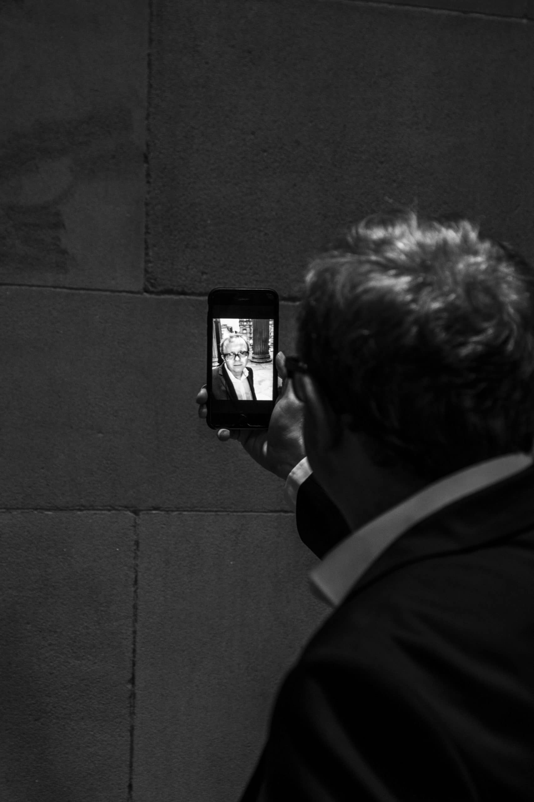 Ipad-magician-selfie