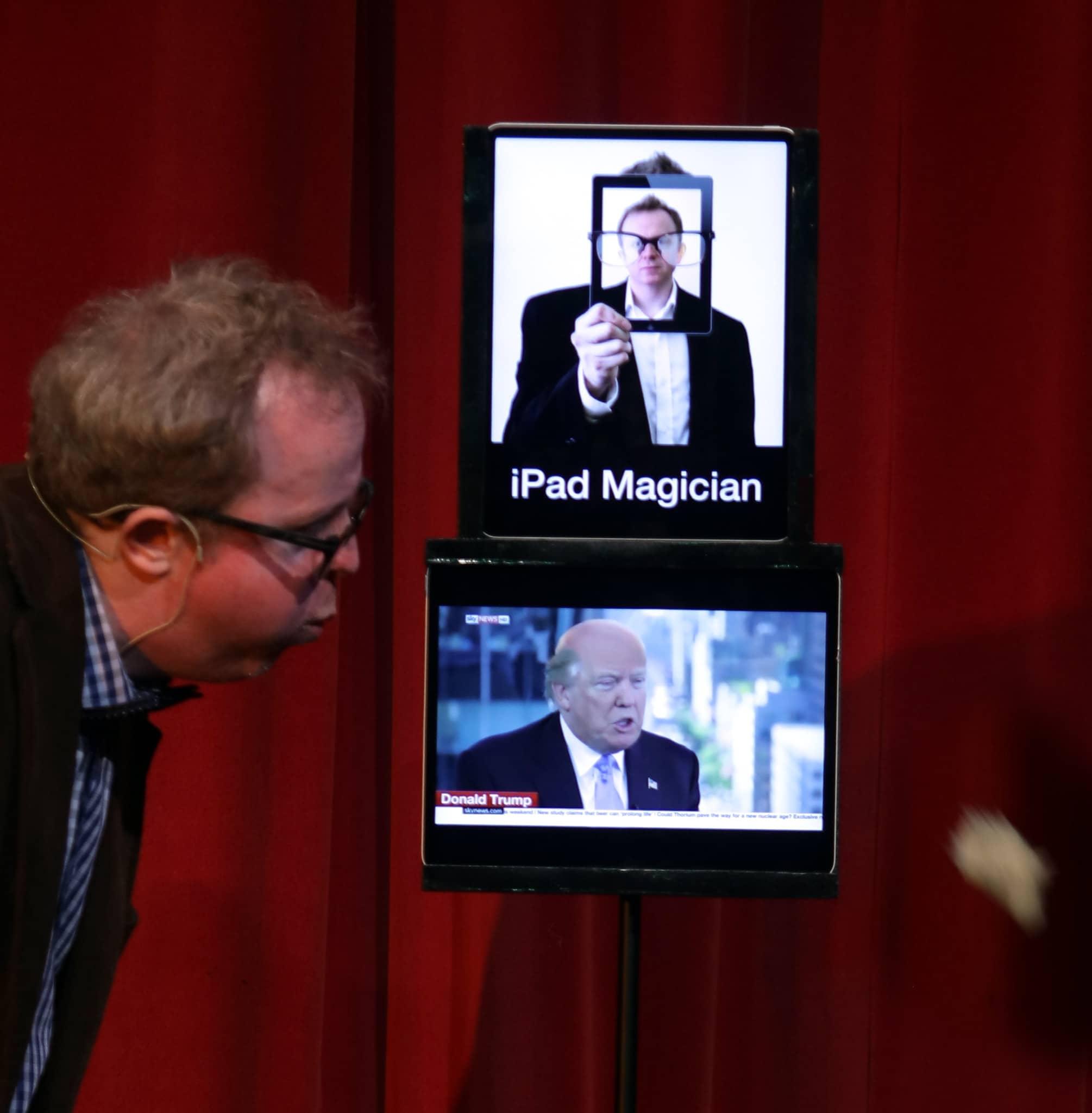 Stage-iPad-magician-trump